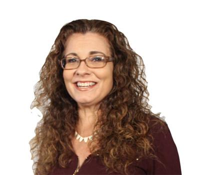 Eva Diaz-Controller